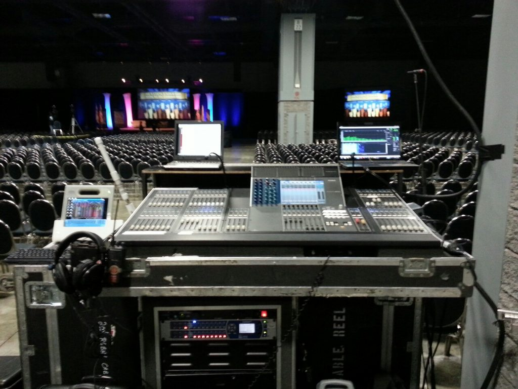 Post pics of your FOH or Monitors rig! - Gearslutz